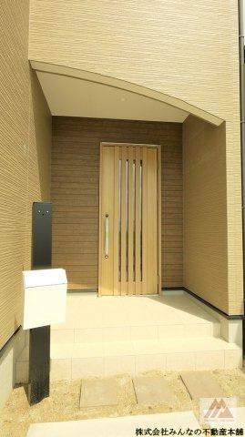 【玄関】ケイアイフィット長門石Ⅱ期 2号棟 ケイアイスタービルド