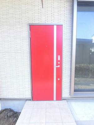 玄関ドアがおしゃれです。