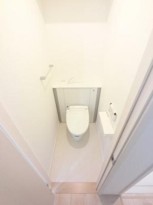 広めのトイレです。