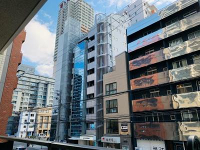 マンション・ビルなど多い地域でありますが、採光良好です。