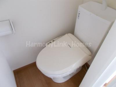 フェリスサクセスのゆったりとした空間のトイレです(別部屋参考写真)
