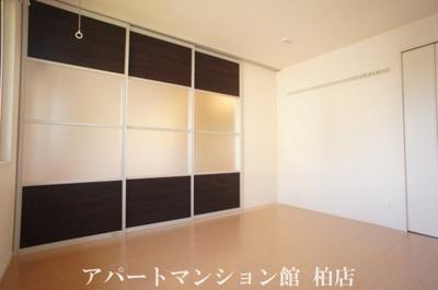 【洋室】ラ・フルール B