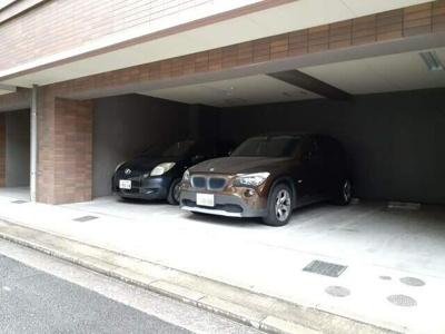 【駐車場】ウエルアクセス草香江