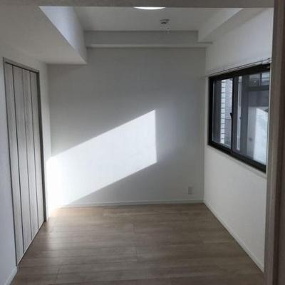 各お部屋に窓があり風通しも良好。
