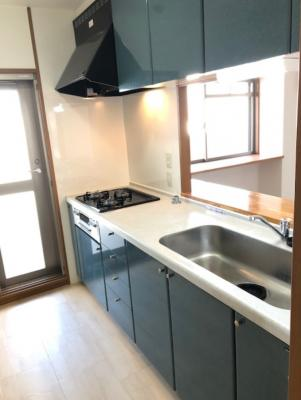 【キッチン】ローレルコート城北公園通り1番館