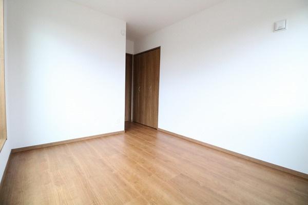 2階5.75帖洋室♪