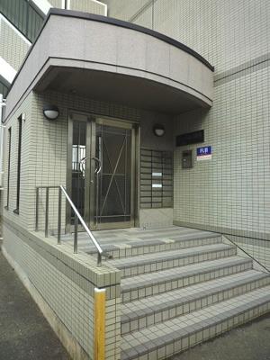 【エントランス】ルーチェ1番館