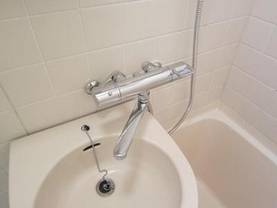 浴室サーモスタット式混合水栓