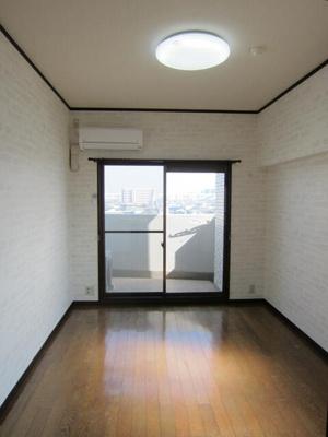 洋室LEDシーリングライト