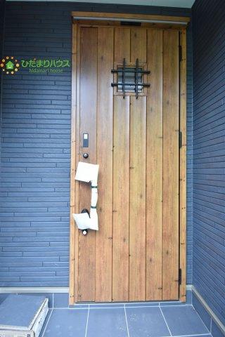 【玄関】上尾市柏座3 新築一戸建て A