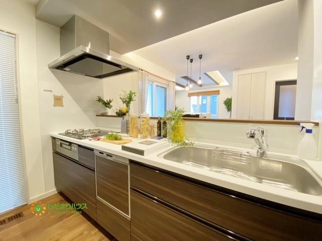 食洗器が毎日の家事の負担を軽減してくれますね。