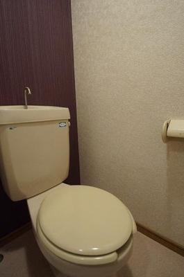 【トイレ】ラルジュ大濠