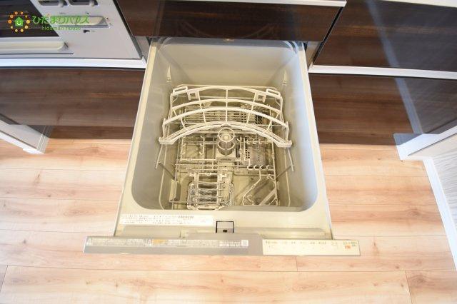 環境にもママの手にも優しい食器洗乾燥機付(^^)/
