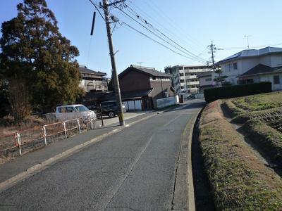 【前面道路含む現地写真】沼本町三丁目3番
