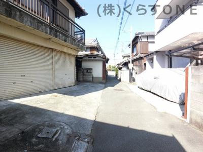 【前面道路含む現地写真】姫路市飾西/売土地
