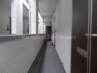 グランシャリオ金町の廊下