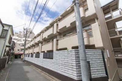 東武東上線「北池袋」駅徒歩約3分、「下板橋」駅徒歩圏内。
