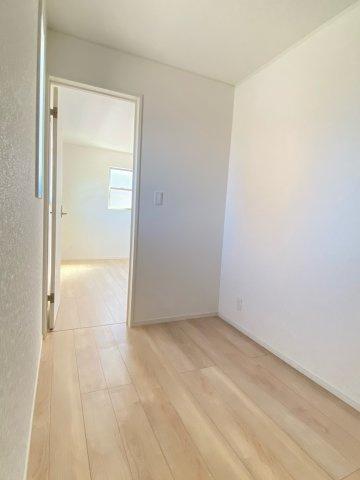 2階洋室7帖奥スペース