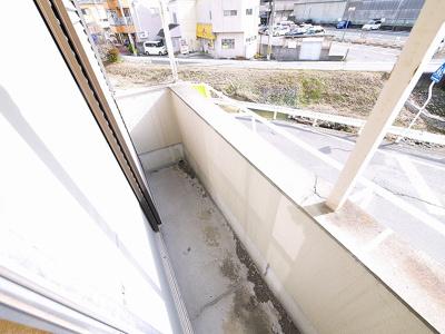 【バルコニー】南京終町3丁目店舗付住宅