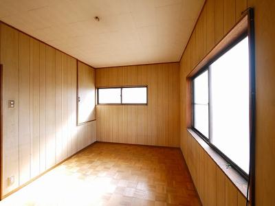 【洋室】南京終町3丁目店舗付住宅