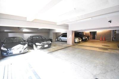 駐車場です。空き状況は現地にてご確認下さい。