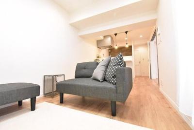 ソファー等の家具を配置しても十分な広さです。
