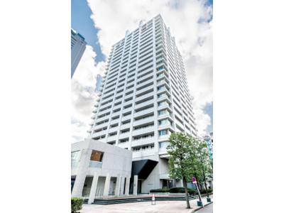 総戸数252戸、鉄筋コンクリート造25階建のタワーマンションです。