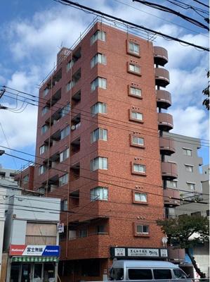 都営新宿線「菊川」駅と大江戸線「森下」駅、2駅2沿線が徒歩圏内で利用できる立地。