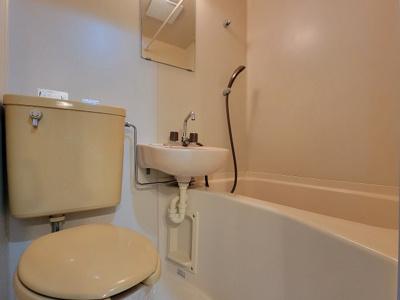 【浴室】BONNY HIROZI
