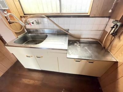 【キッチン】泉が丘3丁目貸家