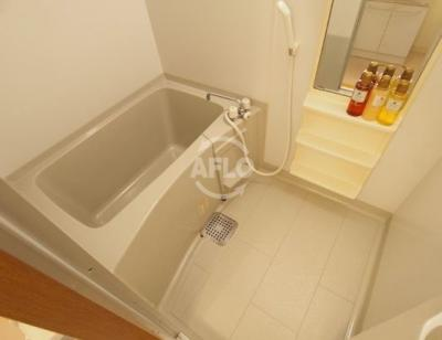 レ・コンフォルト 浴室