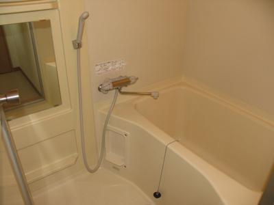 【浴室】グレイスフルマンション東比恵