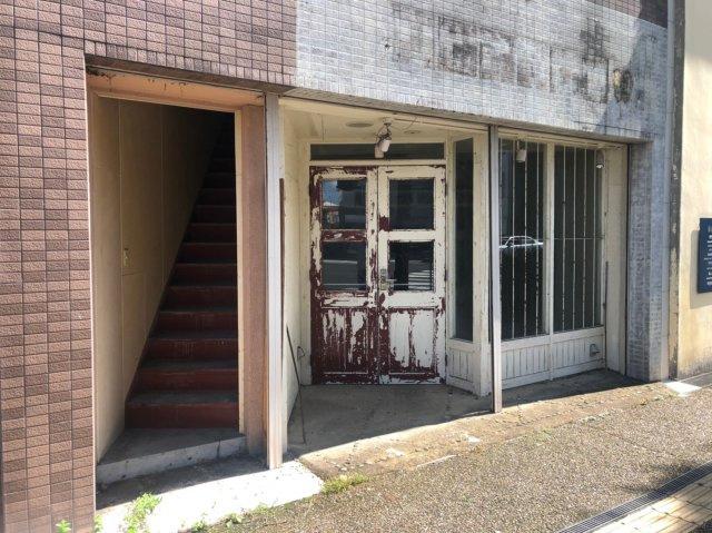 【玄関】米子市東倉吉町 貸店舗・事務所