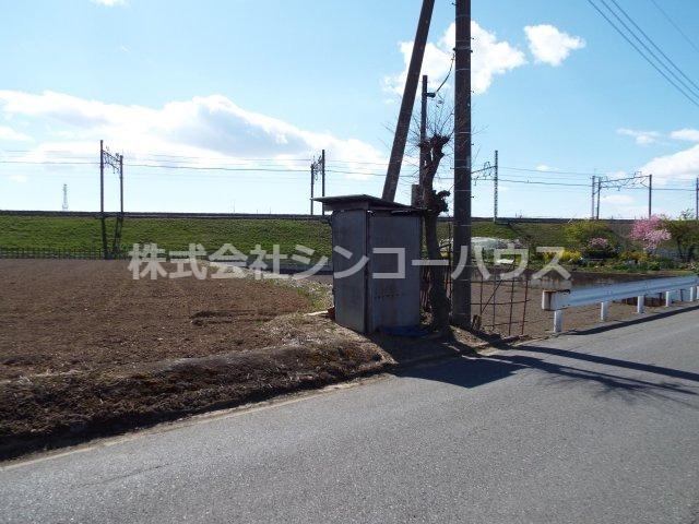 【前面道路含む現地写真】久喜市野古久喜 店舗用地