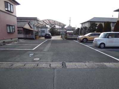 【駐車場】ドミエールS