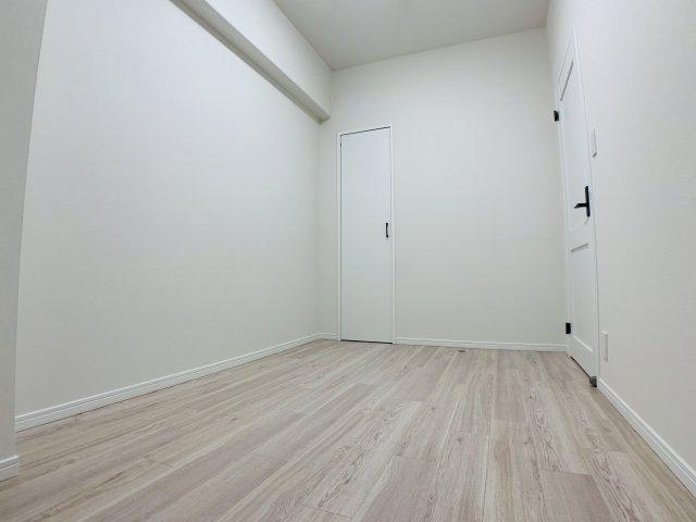 シンプルで使いやすい空間は家具の配置もしやすく、お部屋のレイアウトがバシッと決まります。