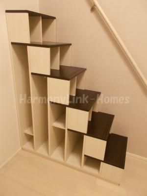 アーク東立石の収納付き階段☆