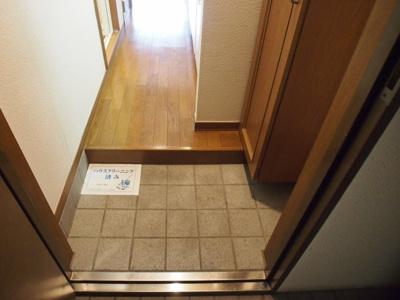 【玄関】メゾンニッセイ中野