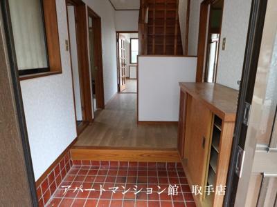 【玄関】コンフォース米ノ井
