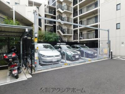 立体式の駐車場スペース
