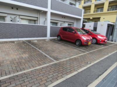【駐車場】アイウエスト茨木