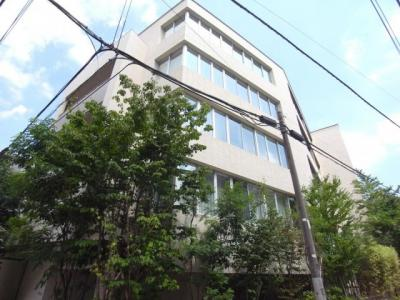 H28年築で外観、共用部、室内とも綺麗なマンションです。