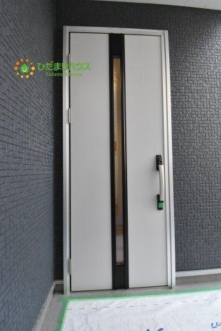 【玄関】西区中釘 新築一戸建て リーブルガーデン 09