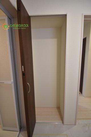 【内装】伊奈町栄5丁目 2期 新築一戸建て ブルーミングガーデン 01