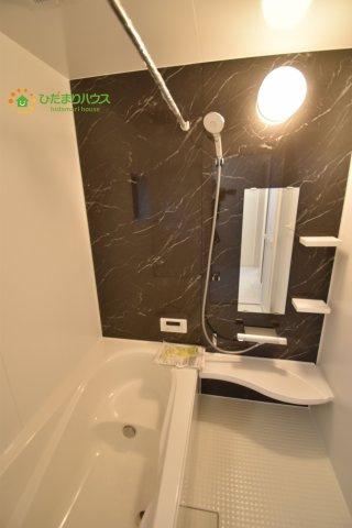 【浴室】伊奈町栄5丁目 2期 新築一戸建て ブルーミングガーデン 01