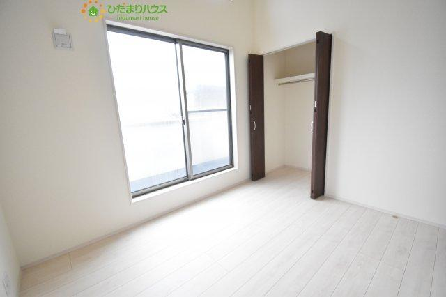 【収納】伊奈町栄5丁目 2期 新築一戸建て ブルーミングガーデン 01