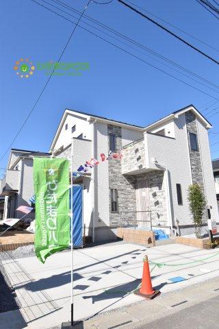 【外観】伊奈町栄5丁目 2期 新築一戸建て ブルーミングガーデン 01