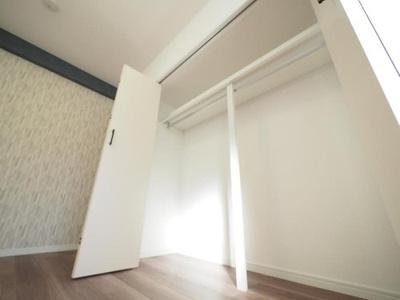全室に収納付、居室部分を有効的に使えます。