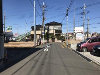 【前面道路含む現地写真】鴻巣市加美2丁目の新築戸建(1号棟)【No.40310】