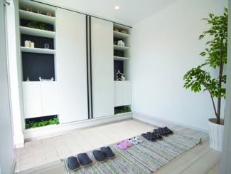 ジブンハウス仕様 建物面積103.50m2建物価格1540万円 広々とした玄関スペースです♪収納も豊富となっております!